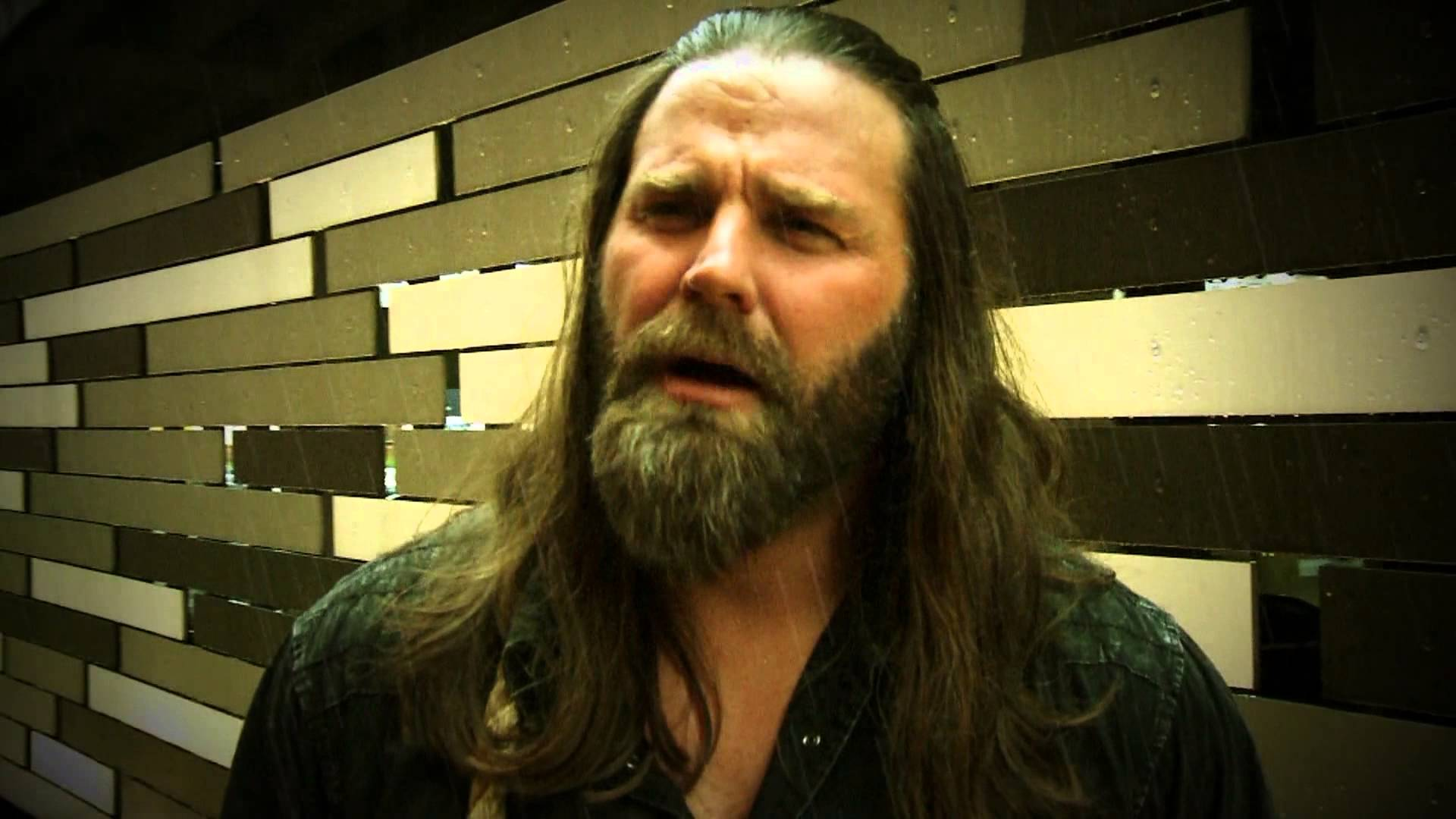 The 40-year old son of father (?) and mother(?), 183 cm tall James Storm in 2018 photo